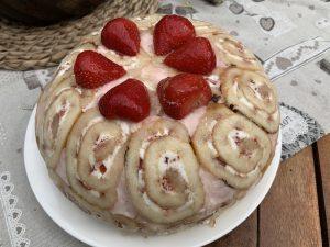 Erdbeeren-Kuppeltorte